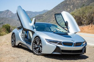 2015-bmw-i8-first-drive-front-angle-2-640x427-c